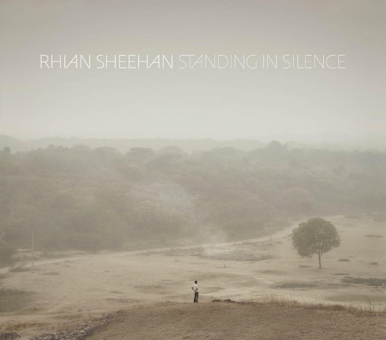 Critique : Rhian Sheehan - Standing In Silence 3